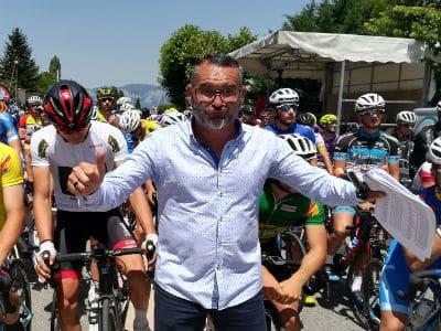 peloton-course cycliste-speaker sportif-Sébastien Galaup-vélos
