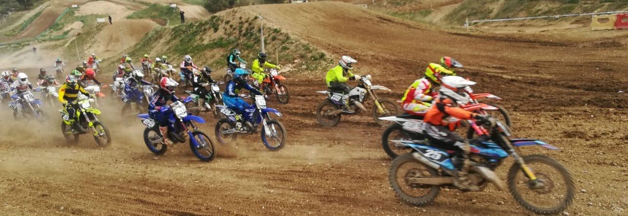 course-manche-départ-moto cross