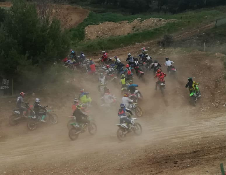 speaker de moto cross-holeshot-virage